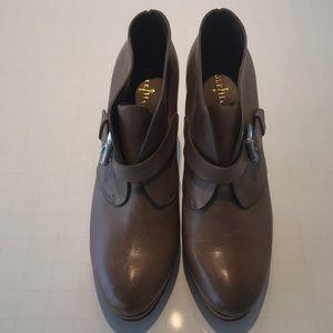 Cole Haan short boot with heel 7.5